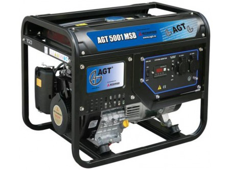 20-5001MSBTTL - Áramfejlesztő AGT 5001 MSB TTL -  TTL COMPACT TECH LINE  AGT 5001 HSB TTL hordozható, benzines áramfejlesztő         Termékelőnyök:   Kompakt, kis súlyú áramfejlesztő Automatikus feszültségszabályozóval (AVR) ellátott generátor Hagyományosfémkeret, egyszerű mozgatás Erős, megbízható, eredeti, ipari MITSUBISHImotor Üzemidő: akár 11 óra 3000 fordulat/perc Rezgéscsillapító gumibakok Hővédelemmel ellátott generátor Olajszenzor a motoron Kézi (berántós) kivitel    AzAGT 5001 HSB TTL áramfejlesztő javasolt felhasználási területei:   Professzionális használatra ajánlott Azépítőipari igényeknek megfelelő kialakítás, nyitott keret Könnyen szállítható, mozgatható Kisebb elektromos gépek üzemeltetésére kiválóan alkalmas       Tudta?  A hővédelemmel ellátott generátor megóvja az áramfejlesztőt a túlterheléstől.  A motoron találhatóolajszenzor leállítja a motort, ha abban a megengedettnél kevesebb olaj van.  Minden használat előtt ellenőrizze a motorolaj szintjét!   FIGYELMEZTETÉS!  Az AGT áramfejlesztőkhasználata előtt minden esetben olvassa el a gépekhez mellékelthasználati utasítást.       Teljesítmény (kVA) 4,6 Fázisonkénti áramerősség (A) 19,9   Feszültség (V) 230 Fáziseltolódás (cos ᵠ) 1   Frekvencia (Hz) 50 IP védettség IP23   Motor MITSUBISHI GM301PN Zajszint (dB) 97   Üzemanyagtank (liter) 25 Nettó/ bruttó súly (kg) 76 / 81   Hengerûrtartalom (cm3) 296 Csomagolási méret h*sz*m (mm) 740×550×625   Generátor szinkron Csomagolás kartondoboz   Dugalj a készüléken(230V/16A) 2 db SCHUKO VTSZ 8502.2020   Hővédelem a generátoron van     Olajszenzor a motoron van