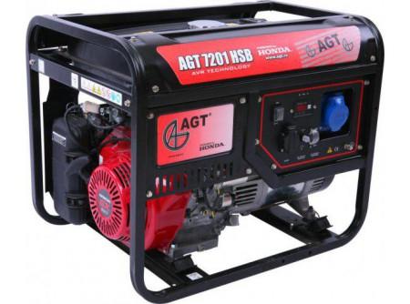 20-7201HSBTTL - Áramfejlesztő AGT 7201 HSB TTL -  TTL COMPACT TECH LINE  AGT 7201 HSB TTLbenzines áramfejlesztő           Termékelőnyök:   Kompakt, kis súlyú áramfejlesztő Automatikus feszültségszabályozóval (AVR) ellátott generátor Hagyományosfémkeret, egyszerű mozgatás Erős, megbízható, eredeti, ipari HONDA motor Üzemidő: akár 11 óra 3000 fordulat/perc Dugaljak Hővédelemmel ellátott generátor Olajszenzor a motoron Kézi (berántós) kivitel Multiméter (V, Hz, h)    AzAGT 7201 HSB TTLáramfejlesztő javasolt felhasználási területei:   Háztartási és kisiparihasználatra ajánlott Azépítőipari igényeknek megfelelő kialakítás, nyitott keret Könnyen szállítható, mozgatható Kisebb elektromos gépek üzemeltetésére kiválóan alkalmas       Rendelhető opciók:   kerékszett elektormos indítás   Tudta?  A hővédelemmel ellátott generátor megóvja az áramfejlesztőt a túlterheléstől.  A motoron találhatóolajszenzor leállítja a motort, ha abban a megengedettnél kevesebb olaj van.  Minden használat előtt ellenőrizze a motorolaj szintjét!   FIGYELMEZTETÉS!  Az AGT áramfejlesztőkhasználata előtt minden esetben olvassa el a gépekhez mellékelthasználati utasítást.           Teljesítmény (kVA) 6,6 Fázisonkénti áramerősség (A) 28,6   Feszültség (V) 230 Fáziseltolódás (cos ᵠ) 1   Frekvencia (Hz) 50 IP védettség IP23   Motor HONDA GX390 Zajszint (dB) 68   Üzemanyagtank (liter) 25 Nettó/ bruttó súly (kg) 93 / 98   Hengerûrtartalom (cm3) 389 Csomagolási méret h*sz*m (mm) 722×530×582   Generátor szinkron Csomagolás kartondoboz   Dugalj a készüléken(230V/16A) 1 db SCHUKO VTSZ 8502.2020   Dugalj a készüléken(230V/32A) 1 db CEE     Hővédelem a generátoron van     Olajszenzor a motoron van