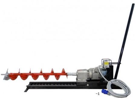 55-930257 - Vízszintes ipari talajfúrógép EUROKOMAX elektromos 230V (tartozékokkal) -  EUROKOMAX ipari talajfúró/ útátfúró  - vízszintes talajfúrószéleskörűen alkalmazható általános és speciális talajfúrási munkálatok során  - közművektelepítésekor a meglévő, szilárd burkolat bontása nélkül, út vagy más tereptárgy alatt furatot készítsünk a talajban  - víz, gáz, szennyvíz, áram és egyéb vezetékek építéséhez szükséges átvezetésekhez  - gyors, hatékony, így hamar megtérül az ára  - maximális hatótávolsága 15 méter(Ø130mm fejjel)  - Ø130, Ø200, Ø250mm átmérőjű fúrószárak  - elektromos motor 2,2 kW, 230 V, ipari egyfázisú 32A-es három pólusú dugvillával szállítva  - dugvilla ipari 3 pólusú (~1 fázisú / 32A)  -kábel 5m / 3×1,5 mm2 MT  (max. 8 méteres hosszabbító használata engedélyezett -szálankénti vezető keresztmetszet minimum 1.5 mm2)    Leszállított tartozékok:  - rögzítő szegek (4db, kicsi)  - előtolókar (1db)  - vezetősín (1db)    Rendelhető tartozékok:  - kardán csukló  -Ø130, 200 és 250 mm fúrószárak (hossz 1m)  -Ø130, 200 és 250 mm fúrófejek (hossz 24cm)  -illetve Ø300 mm bővítószár    Bővítőfej használata:egy speciális fúrófej, ami egy meglévő furat átmérőjét nagyobbra bővíti.  Hossza: 600 mm. Átmérője: Ø300 mm.    Letölthető útmutató a talajfúró bővítőfej használatához    Talajfúrógép és tartozékok súlya (kg)        Megnevezés   Súly (kg)    Elektromos motor 46,5   Elektromos talajfúró komplett szett 85   Benzin motor 61   Benzines talajfúró komplett szett 112   FúrószárØ 130 7,5   FúrószárØ 200 8,5   FúrószárØ 250 9,5   BővítőszárØ 300 9,5   FúrófejØ 130 3   FúrófejØ 200 3,5   FúrófejØ 250 4   Sín 27   Kipufogó 3,5   Előtoló rúd 2,5   2 db talpszélesítő 3   4 db nagy tüske 3,5   4 db kis szeg 2,5   kardán 3,5   csörlő 4       ROBBANTOTT RAJZ          Szállítási kód  10    Motor  Elektromos 230V    Feszültség (V)  230/50Hz    Teljesítmény (kW)  2,2    Áramfelvétel (A)  32 A    Fordulatszám (1/min)  40    Max. furatátmérő (mm)  250 - 300    Fúrási távolság max.